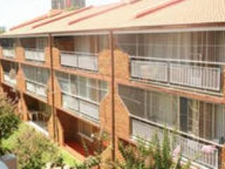 Large 2 bedroom 2 bathroom furnished apartment. - Bloemfontein vacation rentals