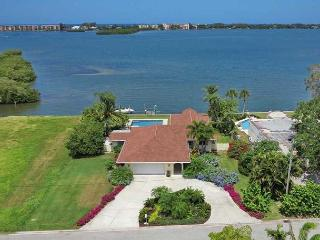 Spacious Sarasota Waterfront Pool Home with Dock - Amazing Sunsets Included - Sarasota vacation rentals