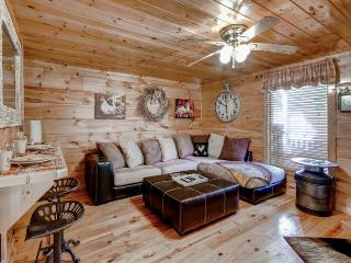 Rolling in the Hay - Pigeon Forge vacation rentals