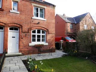 Lovely 2 bedroom Cottage in Church Stretton with Dishwasher - Church Stretton vacation rentals