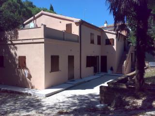 Boschetto del Conero Tamerice e Radice - Numana vacation rentals