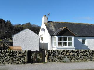 Beautiful 2 bedroom Cottage in Ardwell with Garage - Ardwell vacation rentals