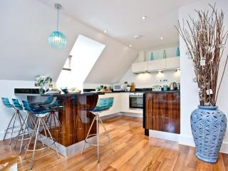 9 The Whitehouse located in Watergate Bay, Cornwall - Mawgan Porth vacation rentals