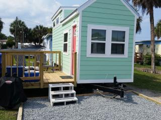 Bright Studio with Internet Access and Television - Flagler Beach vacation rentals