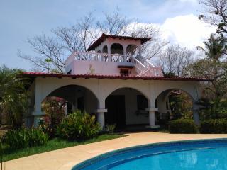 Les cabinas de véronique : maison 2 chambres - Playa Junquillal vacation rentals