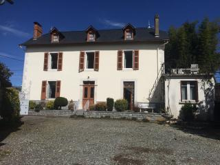 Nice House with Satellite Or Cable TV and Garage - Ousse vacation rentals