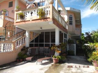 Perfect Condo with Internet Access and A/C - Corozal Town vacation rentals