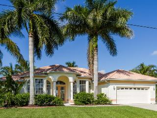 Waterfront house Laura with heated pool - Cape Coral vacation rentals