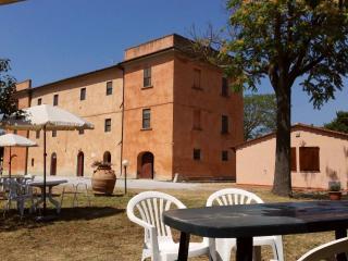 Il Pescinone Ginestra sulla Costa degli Etruschi - Riotorto vacation rentals
