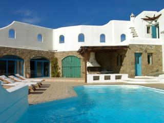 Perfect Villa with Internet Access and A/C - Houlakia vacation rentals