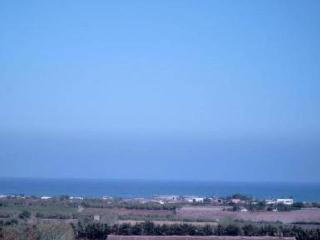 grande villa face ocean sur colline - Temara vacation rentals