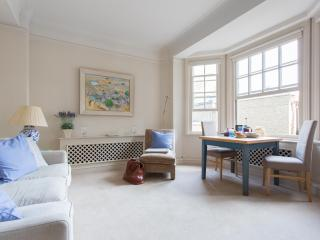 onefinestay - Turks Row II private home - London vacation rentals