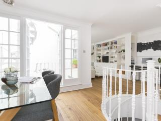 onefinestay - Westbourne Street private home - London vacation rentals