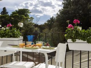 Cozy Condo with Internet Access and A/C - Valencia vacation rentals