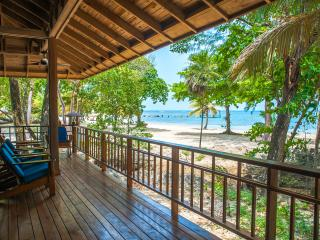 Beachfront Escape - Sleeps 6 - Roatan vacation rentals