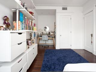 onefinestay - 1st Street apartment - Brooklyn vacation rentals