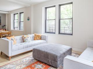 onefinestay - Boston Post Road III apartment - New York City vacation rentals