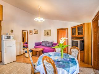 TH00693 Apartments Sofić / One Bedroom BLUE - Pula vacation rentals