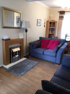 Bright 2 bedroom Llanelli House with Internet Access - Llanelli vacation rentals