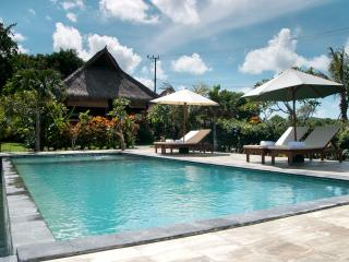 QUIET FAMILY BUNGALOW, 4 ppl  near beach - Jimbaran vacation rentals