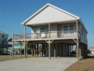 3 bedroom Cottage with Internet Access in Atlantic Beach - Atlantic Beach vacation rentals