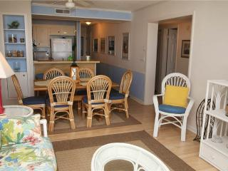 Lovely 3 bedroom Apartment in Atlantic Beach with Dishwasher - Atlantic Beach vacation rentals