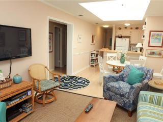 Cozy 3 bedroom Condo in Atlantic Beach - Atlantic Beach vacation rentals