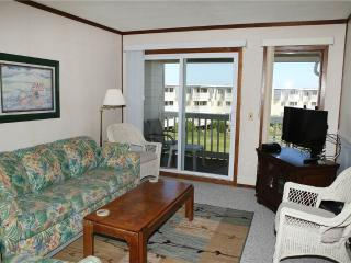 3 bedroom Apartment with A/C in Atlantic Beach - Atlantic Beach vacation rentals