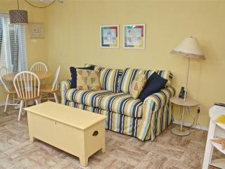 1 bedroom Apartment with Dishwasher in Atlantic Beach - Atlantic Beach vacation rentals
