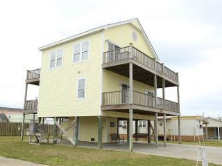 Queenie's Pair-a-Dice - 408 E. Dobbs Street - Atlantic Beach vacation rentals