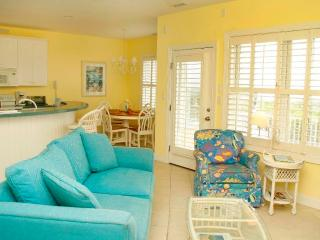 Comfortable 2 bedroom Apartment in Pine Knoll Shores - Pine Knoll Shores vacation rentals