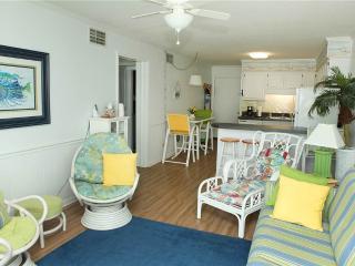 Cozy 2 bedroom Condo in Atlantic Beach - Atlantic Beach vacation rentals