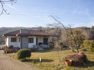 Graziosa villetta sul lago Maggiore - Vezzo di Gignese vacation rentals