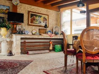 Da Rossella Home Restaurant-Affitta Camere-Room 1 - Capestrano vacation rentals