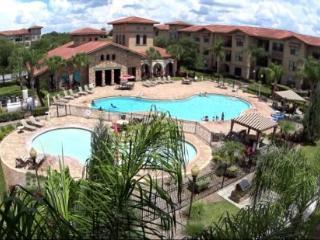 3 Bedroom 3 Bath Condo Close to the Attractions. 907CP-914 - Orlando vacation rentals