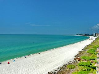 Stylish beachfront condo w/ heated pool, hot tub & panoramic ocean views - Marco Island vacation rentals