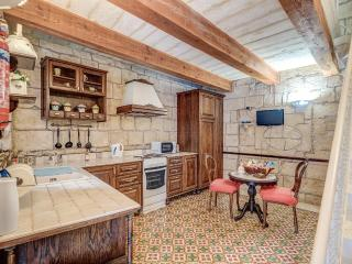 Nice House with Internet Access and Long Term Rentals Allowed - Senglea vacation rentals