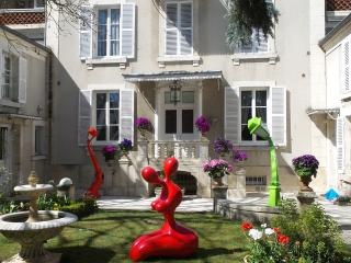 2 bedroom Bed and Breakfast with Internet Access in Bourges - Bourges vacation rentals