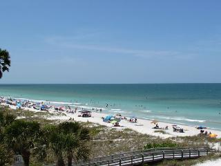 Sea Isles i - Fall is a beautiful time for a  vacation  w/Private Elevator! - Indian Rocks Beach vacation rentals