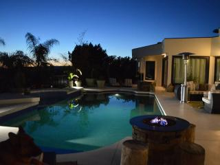 Bright Villa with Dishwasher and A/C - Beverly Hills vacation rentals