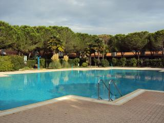 1 bedroom Bungalow with A/C in Aprilia Marittima - Aprilia Marittima vacation rentals