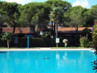 1 bedroom Bungalow with A/C in Aprilia Marittima - Aprilia Marittima vacation rentals
