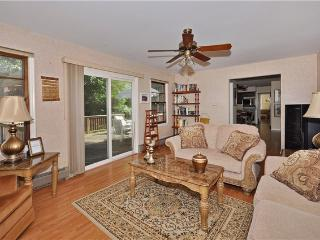 5 Bedroom Home in town voted #1 in NJ - Parsippany vacation rentals