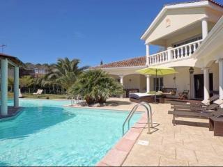Superbe villa de 350m2  à 5 mn des plages - Boucau vacation rentals