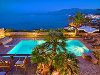 Comfortable Villa with DVD Player and Satellite Or Cable TV in Hersonissos - Hersonissos vacation rentals