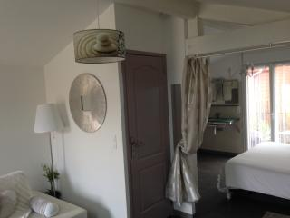 Nice Condo with Internet Access and Short Breaks Allowed - Tarnos vacation rentals