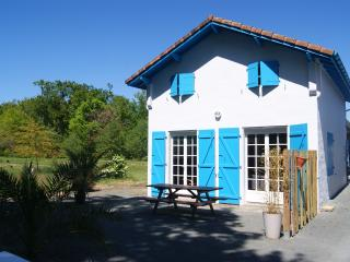 Charming House with Internet Access and Wireless Internet - Azur vacation rentals