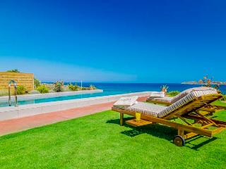 4 bedroom Villa with Internet Access in Kalathas - Kalathas vacation rentals