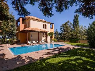 Perfect 3 bedroom Maleme Villa with Internet Access - Maleme vacation rentals