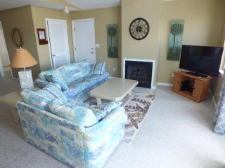 Shore Thing 100 steps to the Beach, BBQ, WiFi,Deck - Wildwood vacation rentals